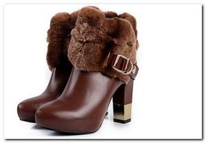 Модная зимняя женская обувь