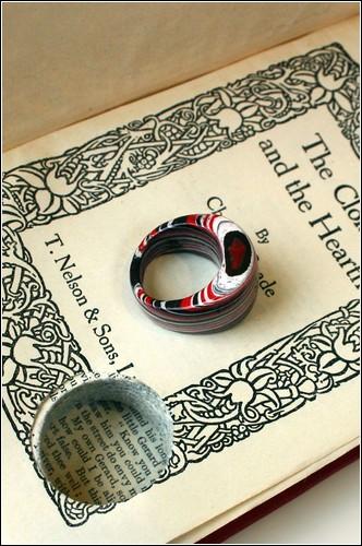 Оригинальные ювелирные украшения в литературных традициях от Джереми Мая