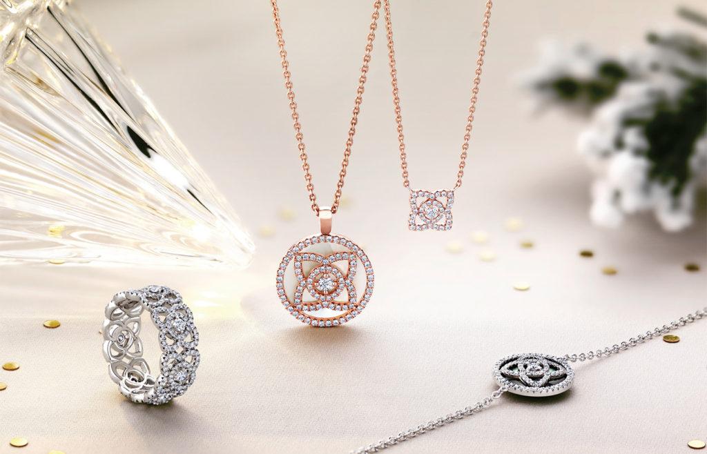 Роскошный розовый бриллиант из коллекции Lotus от DeBeers