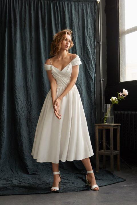 Необычные свадебные платья короткие: миниатюрная подвенечная мода