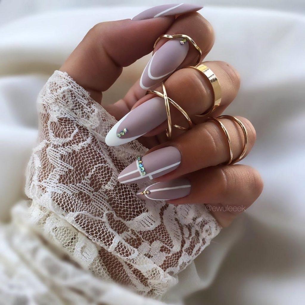 Свадебный дизайн ногтей 2021 года: основные тенденции
