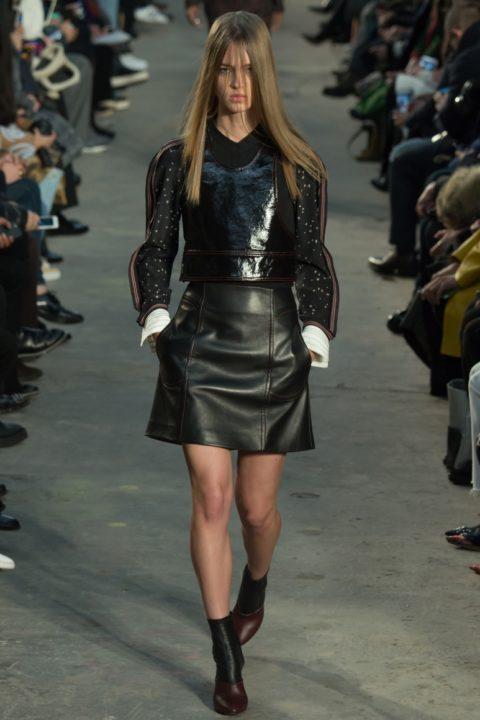 Кожаные шорты женские – великолепная модная находка!