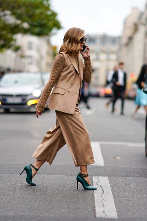 Модная женская обувь 2021: подбираем туфли к деловому наряду